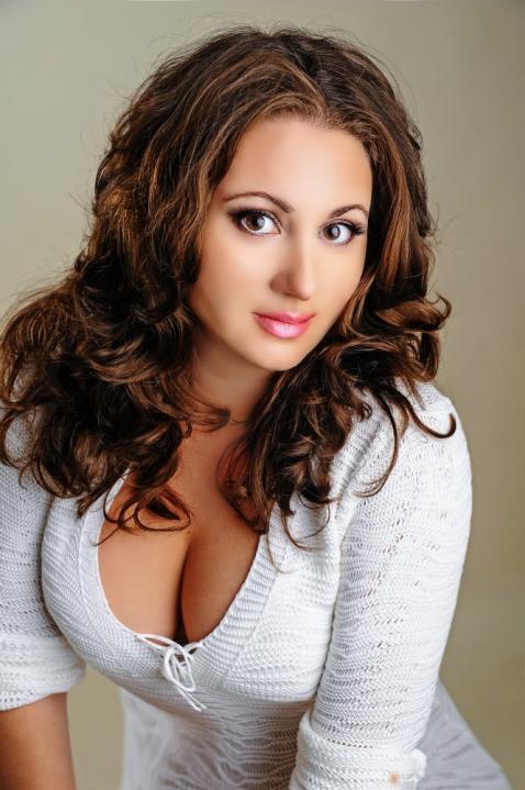 Kamila (50) aus Kiev, jet... auf www.verliebt-in-polen.de (Kenn-Nr.: d00199)
