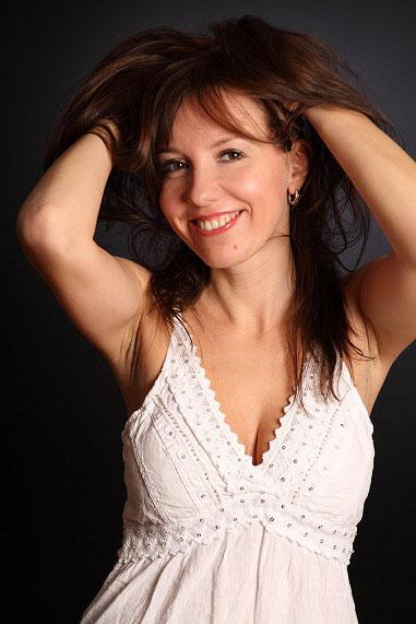 Gelya (40) aus VIP Agent... auf www.verliebt-in-polen.de (Kenn-Nr.: d00133)